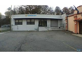 Photo of 2143 East Route 4 Fort Lee, NJ