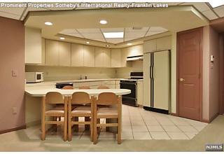 Photo of 375 Scholar Court Franklin Lakes, NJ