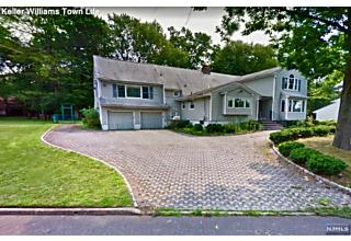 Photo of 78 Mackay Drive Tenafly, NJ