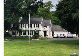 Photo of 215 East Saddle River Road Saddle River, NJ