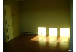 Photo of 202 Everett Place East Rutherford, NJ