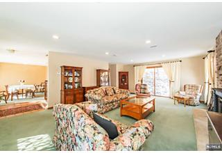 Photo of 78 Apshawa Cross Road West Milford, NJ