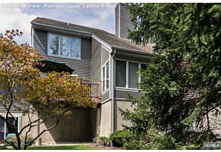 Photo of 16 Crescent Hollow Court Ramsey, NJ