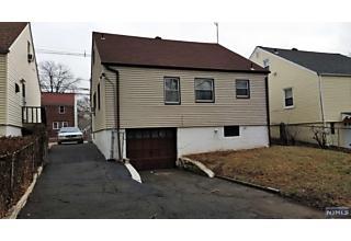 Photo of 319 Schley Street Newark, NJ