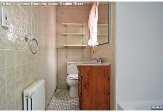 Photo of 489 West Saddle River Road Upper Saddle River, NJ