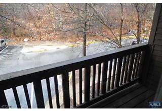 Photo of 311 Federal Hill Road Pompton Lakes, NJ