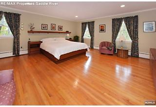 Photo of 15 Northern Drive Upper Saddle River, NJ