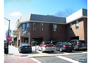 Photo of 605 Anderson Avenue Cliffside Park, NJ