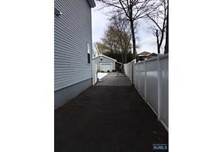 Photo of 765 Day Avenue Ridgefield, NJ