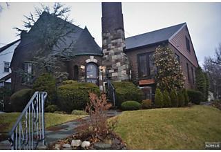 Photo of 3 Oak Street Teaneck, NJ