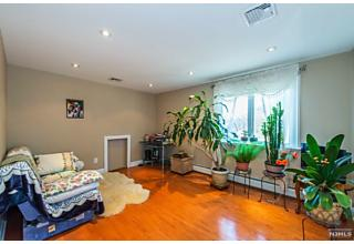 Photo of 31 Earl Place New Providence, NJ