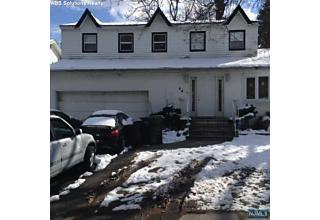 Photo of 56 Campeau Place Bergenfield, NJ