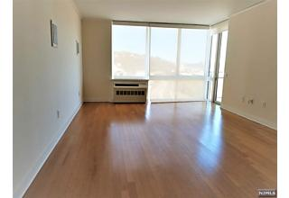 Photo of 615 Hudson Park Edgewater, NJ