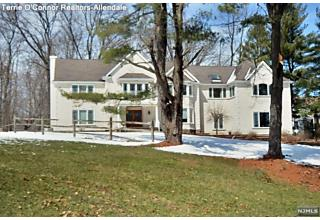 Photo of 7 Golfview Drive Upper Saddle River, NJ