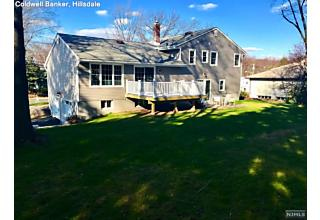 Photo of 1043 Soldier Hill Road Oradell, NJ
