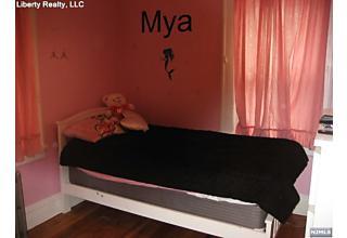 Photo of 31 Lafayette Place Lyndhurst, NJ