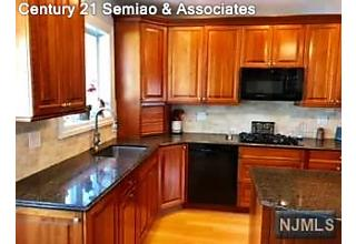 Photo of 109 Mountain Way Rutherford, NJ