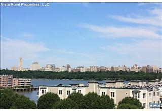 Photo of 3304 City Place Edgewater, NJ