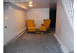 Photo of 323 Wainwright Street Newark, NJ
