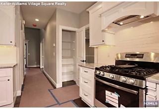 Photo of 32 Vail Place Mahwah, NJ