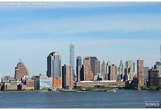 Photo of 20 Newport Parkway Jersey City, NJ