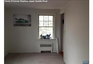 Photo of 11 Cottage Lane Upper Saddle River, NJ