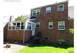 Photo of 18 Meadow Lane Bloomfield, NJ