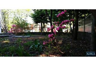 Photo of 332 Coolidge Avenue Fort Lee, NJ