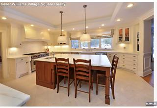 Photo of 4 High Meadow Road Saddle River, NJ