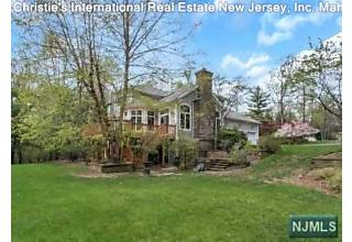 Photo of 709 Natures Way Franklin Lakes, NJ