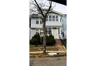 Photo of 65 Durand Pl Pkwy Irvington, NJ 07111