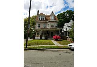 Photo of 253 Walnut St East Orange, NJ 07017