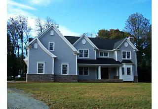 Photo of 3 Mary Farm Rd. Denville, NJ 07834