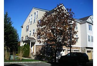 Photo of 161 Winchester Ct Clifton, NJ 07013