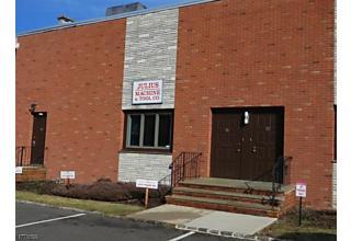 Photo of 14 Merry Ln East Hanover, NJ 07936