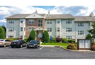 Photo of 36 Mountainview Ct Riverdale, NJ 07457
