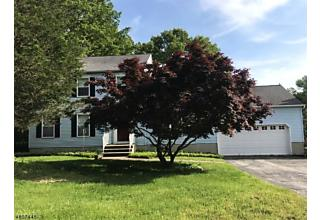Photo of 11 Nicole Ln Sparta, NJ 07871