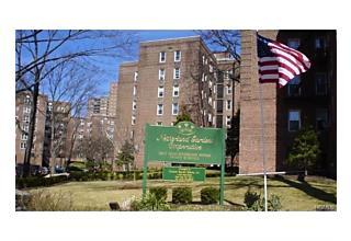 Photo of 5650 Netherland Avenue Bronx, NY 10471
