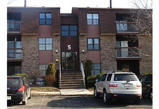 Photo of 57 Golden Square Woodbridge, NJ 07095