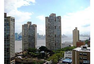 Photo of 7000 Boulevard East Guttenberg, NJ 07093