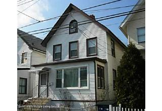 Photo of 102 Maple Avenue Staten Island, NY 10302