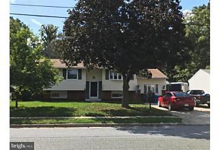 Photo of 909 Lois Drive Monroe Township, NJ 08094